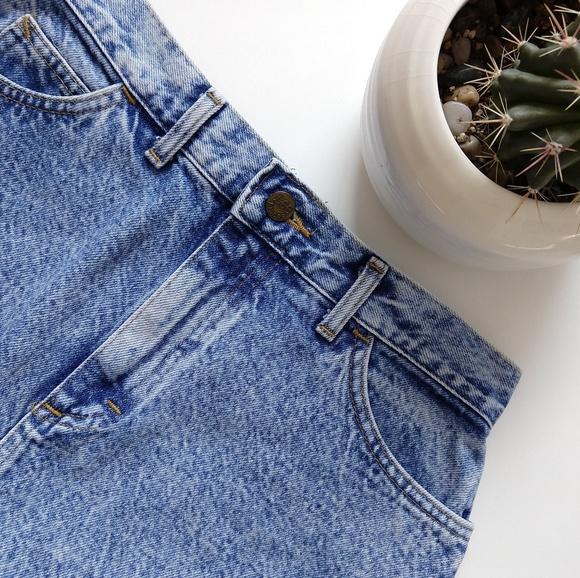 414e703147 Lee Dresses & Skirts - Vintage Lee acid washed high waisted denim skirt